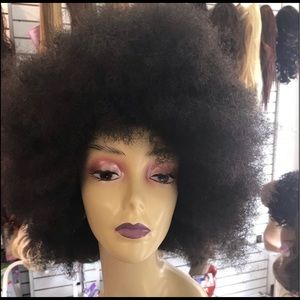 Afro black Halloween 2019 costume 1970s party